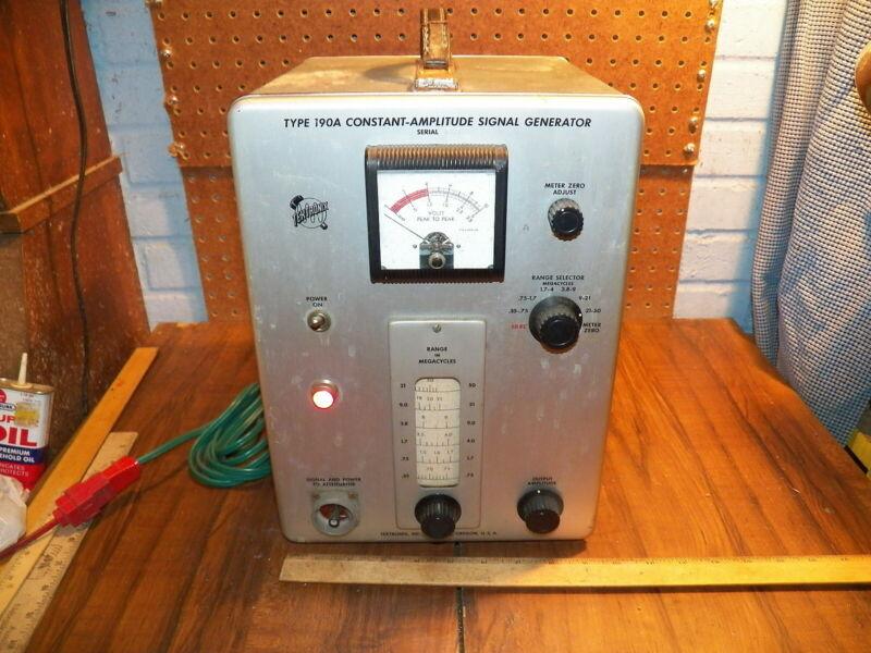 Vintage TEKTRONIX Type 190A Constant-Amplitude Signal Generator