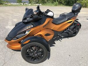 CAN-AM SPYDER RS-S   SE-5 (semi automatic)