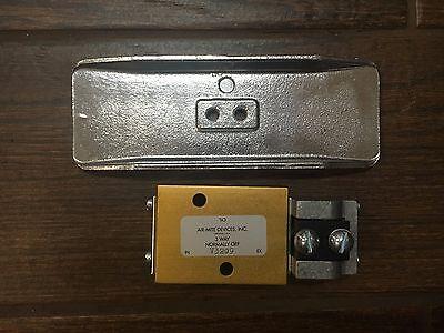 Air-mite Manual Return Valve 14 Port V3209