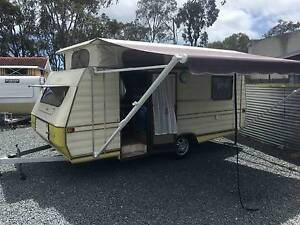 CARAVAN GOLF 16 FT SOLAR SYSTEM FINANCE T.A.P Thorneside Redland Area Preview