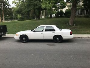 2011 ford crown Victoria police edition