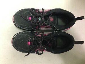 Soulier sécurité/ cap d'acier / safety shoes femme taille 7
