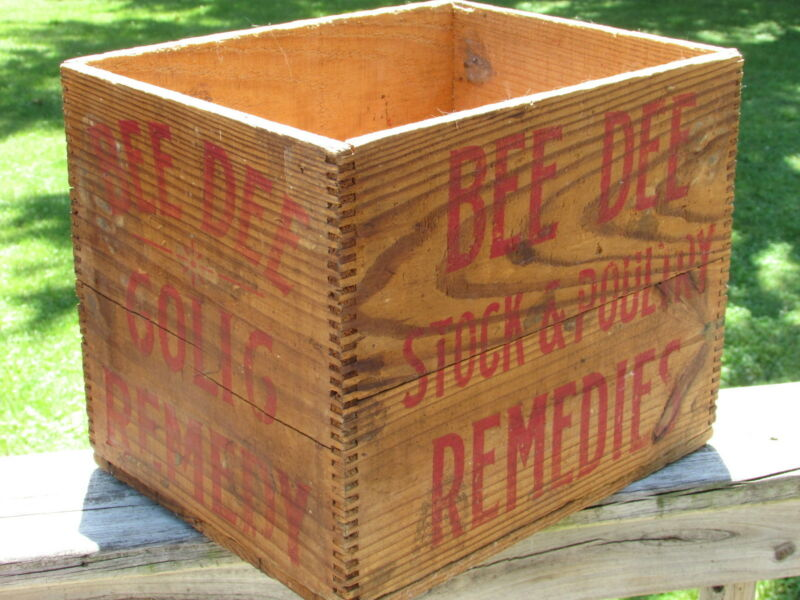 RARE Antique FINGER Jointed BEE DEE COLIC REMEDY Shipping CRATE A Nice GO-With !