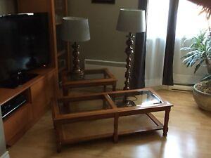 Tables de salon et lampes