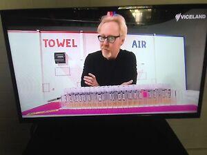 """Soniq 32"""" LCD TV North Melbourne Melbourne City Preview"""