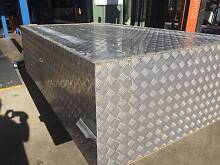 LARGE CHEQUER PLATE BOX Tin Can Bay Gympie Area Preview