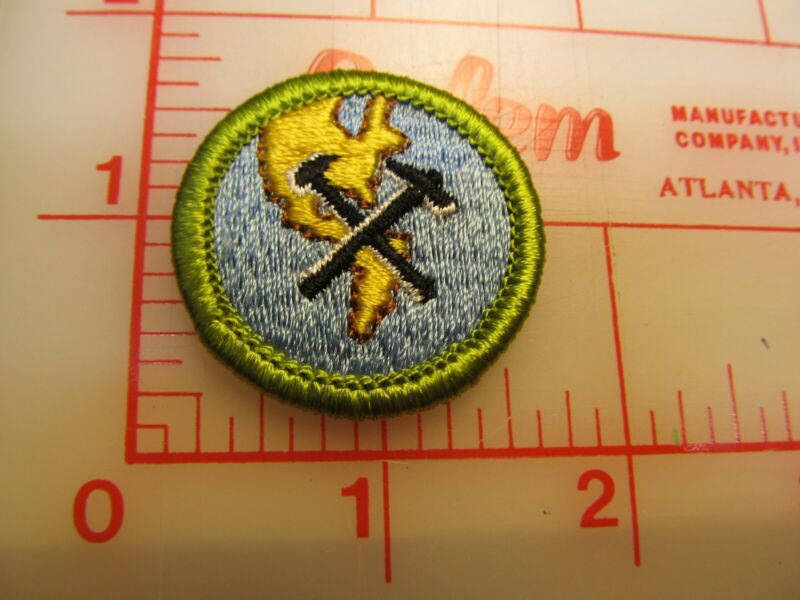 GEOLOGY merit badge plastic backed patch (oP)