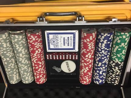 Poker ipswich qld roulettes pour cage de transport gulliver