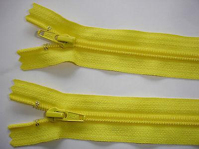 RV 242 Reißverschluß YKK Lemon 22cm, nicht teilbar 2 Stück
