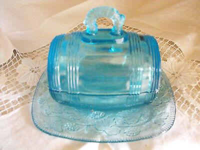 alte Butterdose Preßglas blau, Deckeldose, in Faß-Form,  Marmelade Glas
