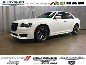 2017 Chrysler 300 S LEATHER HEATED SEATS NAV PANORAMIC SUNROOF A