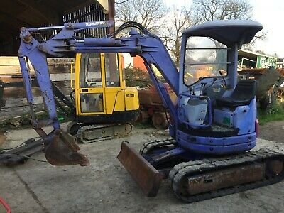 Komatsu PC12 UU Excavator £4950 plus vat £5940