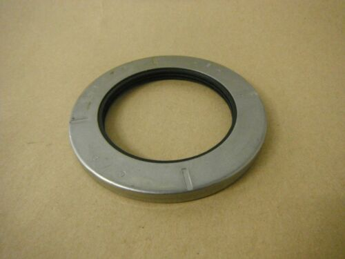 CHICAGO RAWHIDE 24670 OIL SEAL