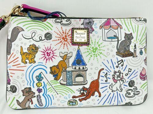 Disney Dooney & and Bourke Sketch Cats Zip Wallet Wristlet Binx Marie Pouch B