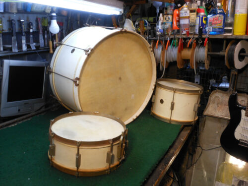 MUSKETEER 3PC. VINTAGE ORIGINAL COMPLETE MATCHED RARE DRUM SET !!!  24 , 13 , 14