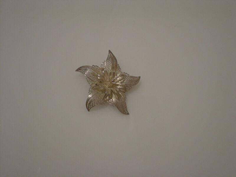 "vintage 950 silver filigree star or flower pin brooch diameter 1.75"""