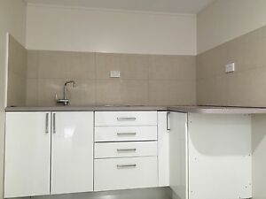 Granny flat studio 1 bedroom Edensor Park Edensor Park Fairfield Area Preview