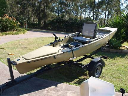 Hobie Mirage Pro Angler with trailer
