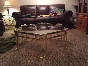 Coffee table with two side tables
