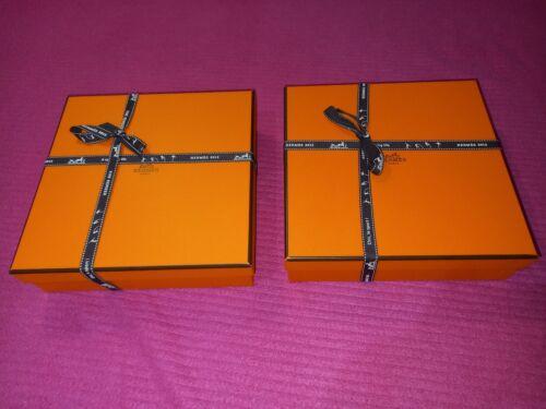 Deux boites/  hermes authentique 20,5/20,5/6 cm