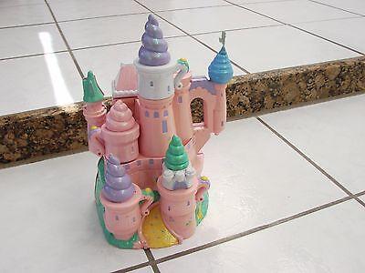 Vintage 1995 trendmasters Starcastle Pink Tea Party Castle some figures& acc.