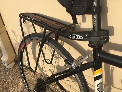 Delta Megarack PostPorter bike rack