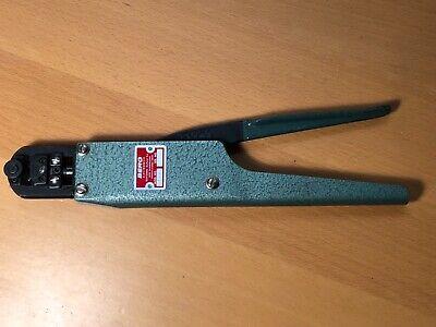 Berg Electronics Model Ht-49 Hand Crimp Electrical Manufacturing Tool Crimper