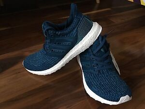 Parley x adidas ultraboost caged 8.5 ds City of Toronto Toronto (GTA) image 1