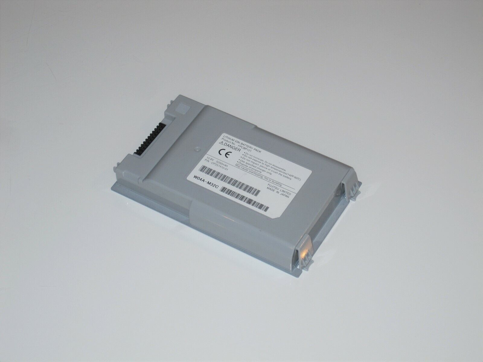 OEM FUJITSU FPCBP121 LITHIUM ION BATTERY PACK CP257410-01 W04A-M32C