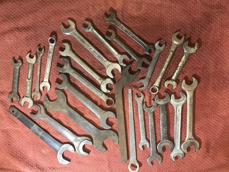 Vintage Antique Mechanic Wrench Lot. Industrial or Steampunk Decoration.
