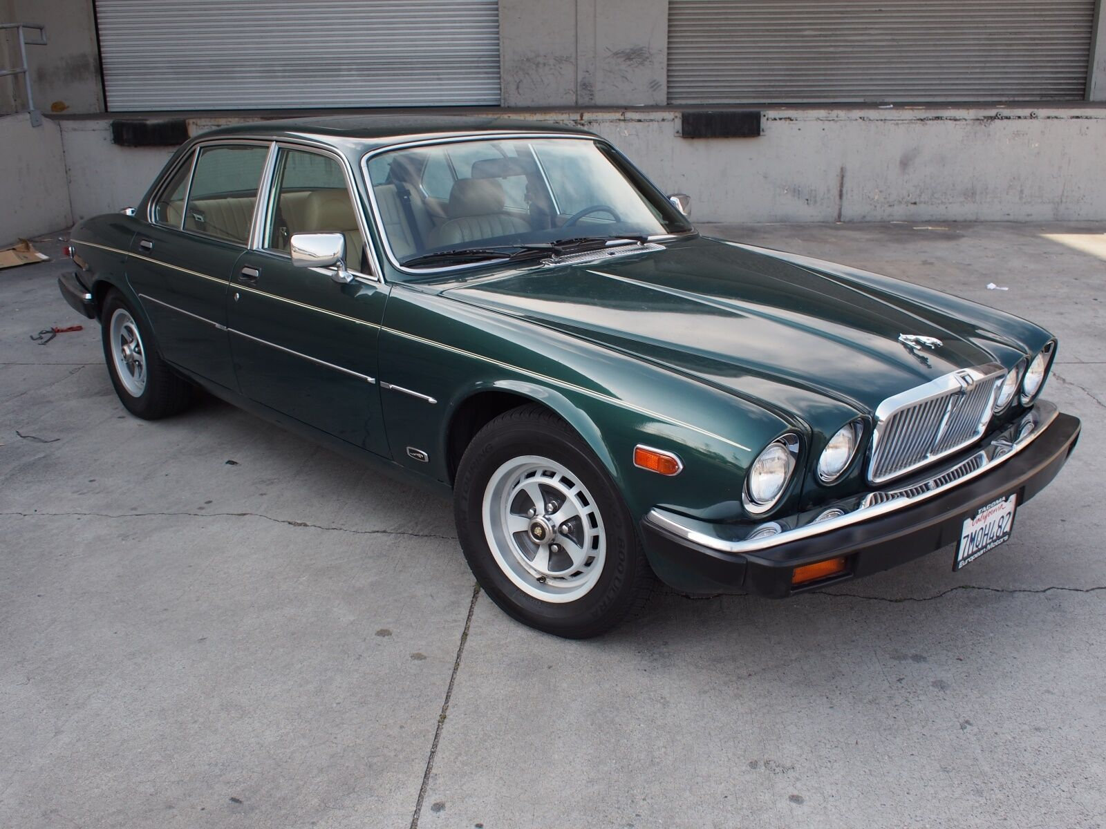 1984 jaguar xj6 4 2 series 3 british racing green used jaguar xj6 for sale in north. Black Bedroom Furniture Sets. Home Design Ideas