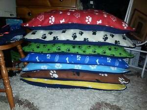 Fleece dog/cat beds from bruisers winter warmers Gawler Gawler Area Preview