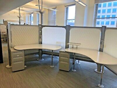120 Degree Cubicle Unit By Herman Miller Resolve Very Modern Style
