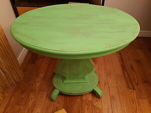 Cottage look coffee table.