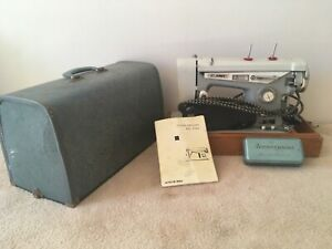 St James Deluxe Sewing Machine