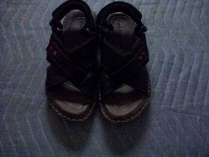 Hush Puppies Sandals Size S