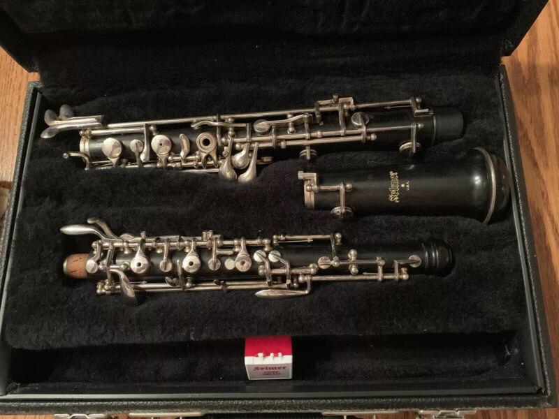 Selmer Mod. 121 S15897 Intermediate Wooden Oboe With Silver-Plated Keys