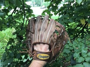 Ball glove - Cooper left hand Adult ball glove great condition