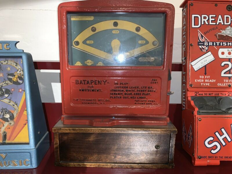 Rare Steinmetz Baseball Cast Iron Penny Coin Operated Trade Stimulator Machine