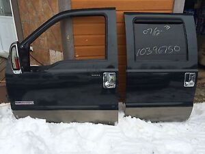 2006 ford f-250 driver side door