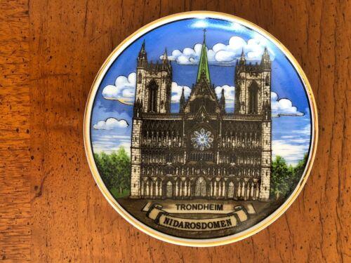 "Norway Souvenir Trondheim Cathedral Nidarosdomen 3 3/4"" Diameter Ceramic Plate"