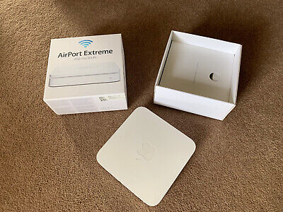 Apple AirPort Extreme 1000 Mbps Wireless N Router (A1408)