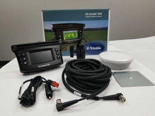 TRIMBLE EZ Guide 250 GPS Super Accurate AG 15 Antenna  same as case new holland