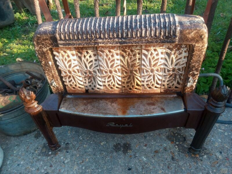 """**ANTIQUE ROYAL  GAS SPACE HEATER*"""""""