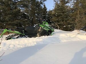 2015 arctic cat m8000 sno pro 153 NO TAX! WARRANTY UNTIL 2021!