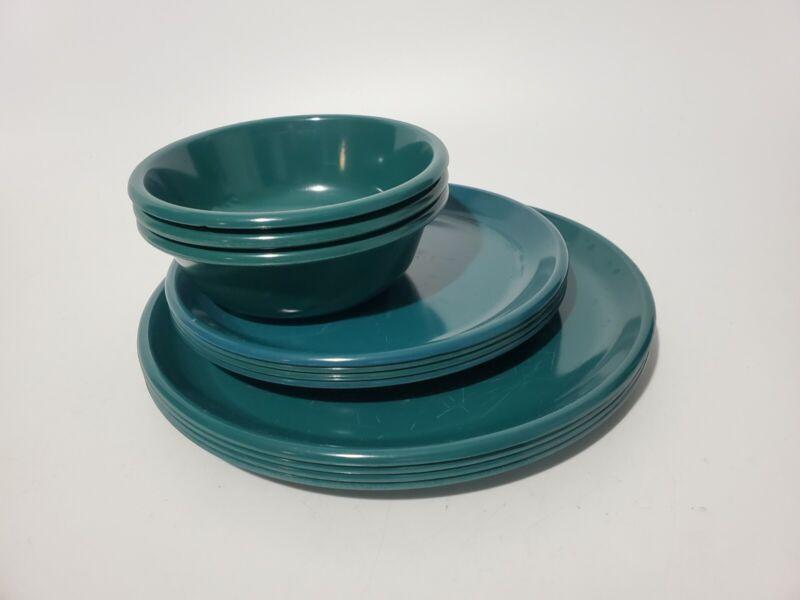 Set of 11 Vintage Rubbermaid Melamine Cereal Bowls and plates Model 3836 3840