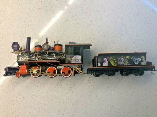 Hawthorne Village Universal Monsters Train and Tender