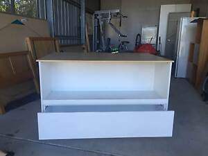 Work Bench Tewantin Noosa Area Preview