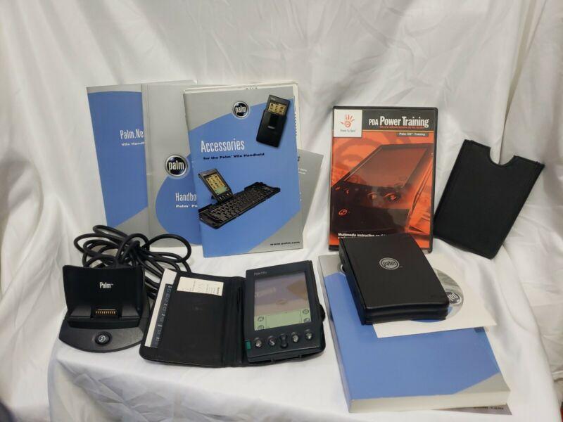 PALM VIIx Handheld Personal Organizer PDA Bundle with keyboard