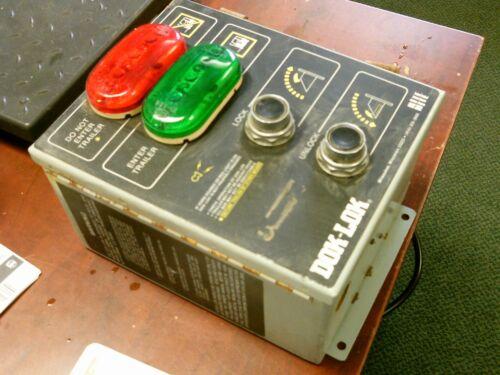 Rite-Hite Dok-Lok Dock Leveler Control Panel 85-50009-A3-C-32 115V 1Ph 2.5A Used